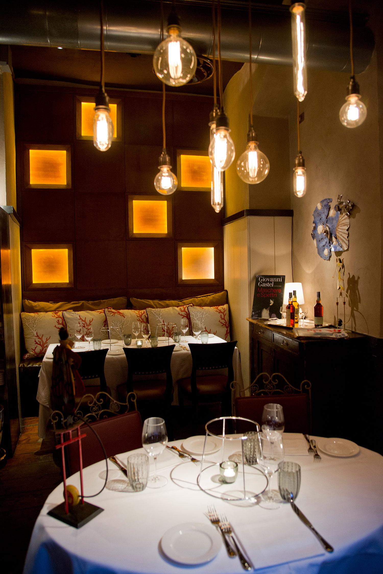 Ristorante langosteria 10 cannata factory - Illuminazione sala pranzo ...