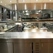 Sai di quanta luce ha bisogno la cucina del tuo ristorante