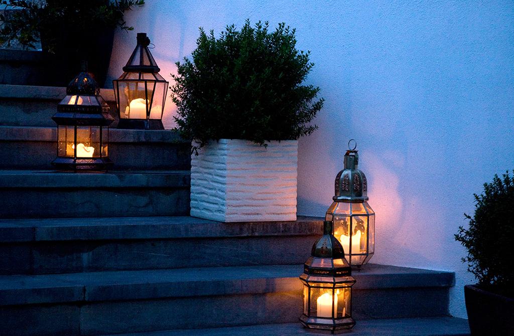 Meglio Luce Calda O Fredda.L Illuminazione Esterna Del Ristorante Meglio Luce Calda O